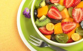 os-beneficios-de-comer-salada-de-frutas